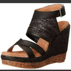 Very Volatile KEENAN Womens Keenan Wedge Sandal si